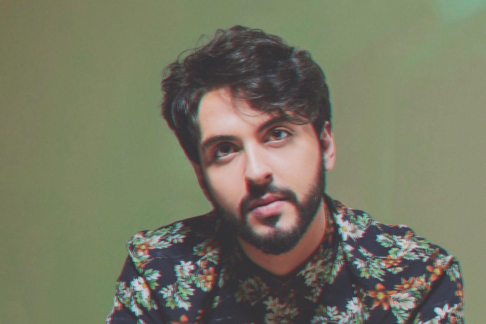 Em tom contemporâneo, Renato Enoch lança EP de clássicos nacionais