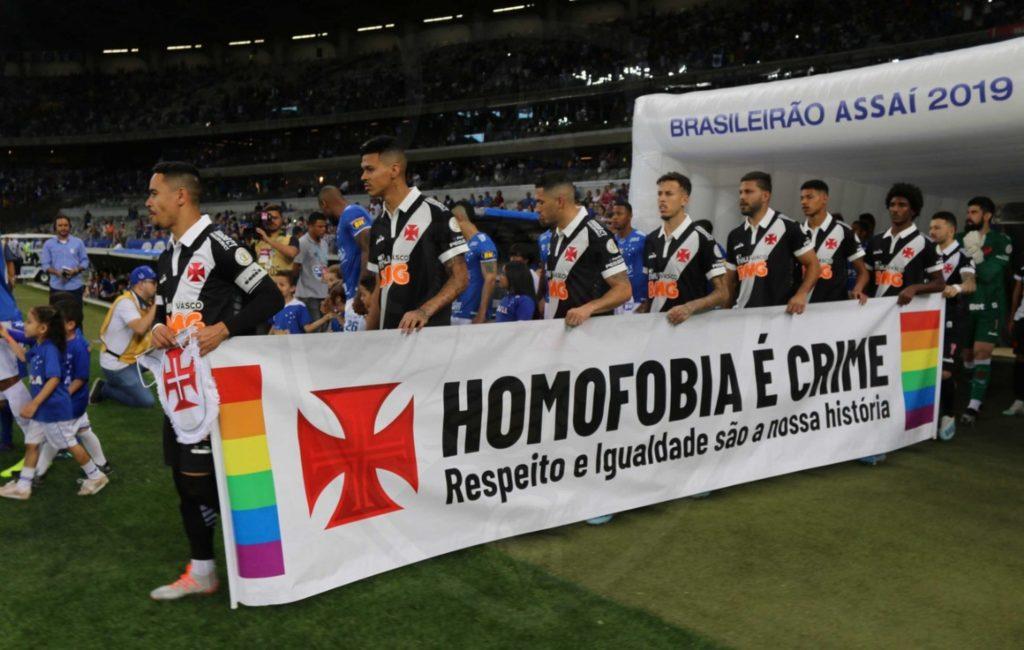 Times de futebol da série A se unem contra a homofobia