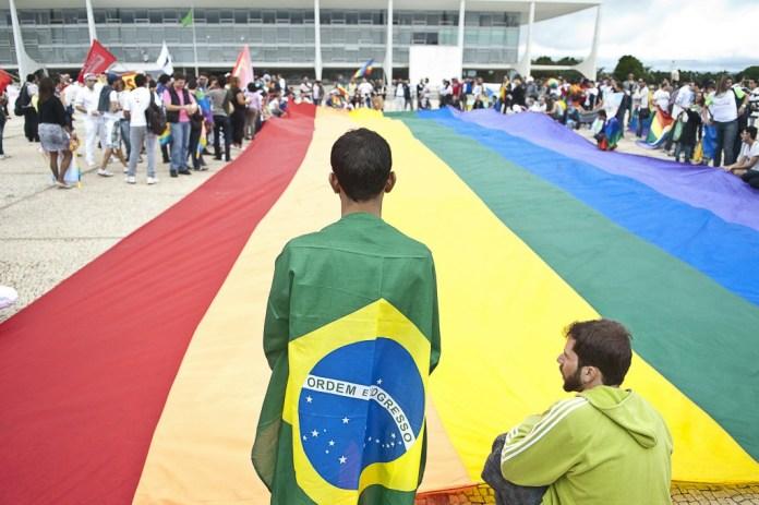 Garantia de benefícios previdenciários aos LGBTs no Brasil ainda depende da Justiça