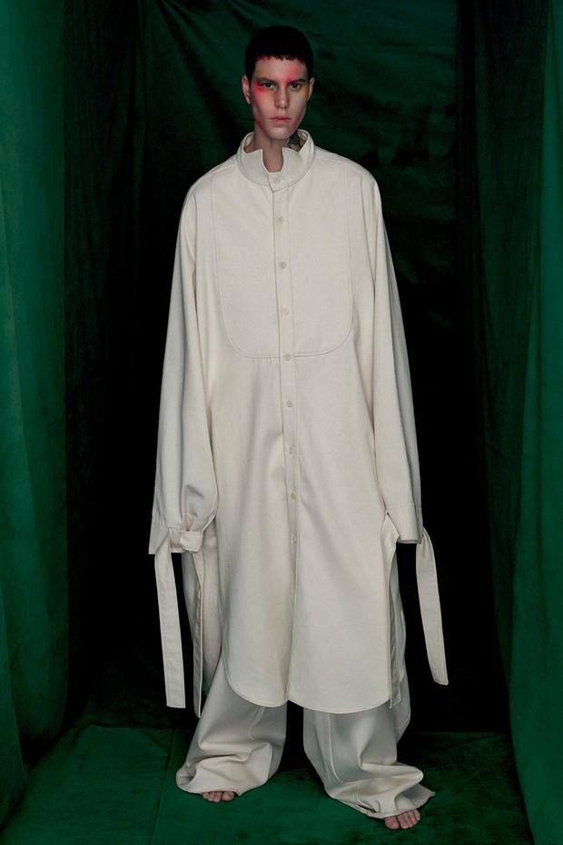 Sam Porto usa camisa (R$ 1.099) e calça (R$ 829), ambas Rocio Canvas (Foto: Zee Nunes)