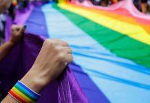 ASSOCIATED PRESS ONGs brasileiras destinadas a LGBT+ poderão receber até US$ 10.000 pela Outright Action International