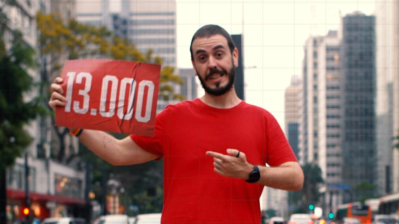 Ativista LGBT William de Lucca lança clipe da campanha para vereador; assista