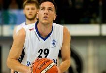 marco jogador de basquete