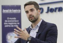 Governador Eduardo Leite vai acionar MP contra Roberto Jefferson por fala homofóbica