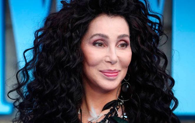 """Cher anuncia filme biográfico com roteirista de """"Forest Gump"""""""