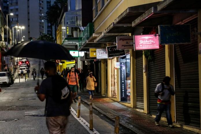 The Guardian denuncia estupro coletivo de jovem gay em Florianópolis