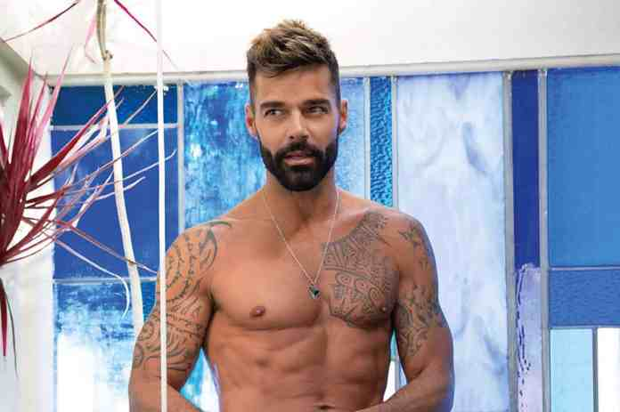 Ricky Martin se sentiu violado ao ser pressionado a revelar sua sexualidade