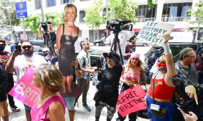"""""""Lei Britney Spears"""" é apresentada nos EUA visando rever a legislação sobre tutela"""