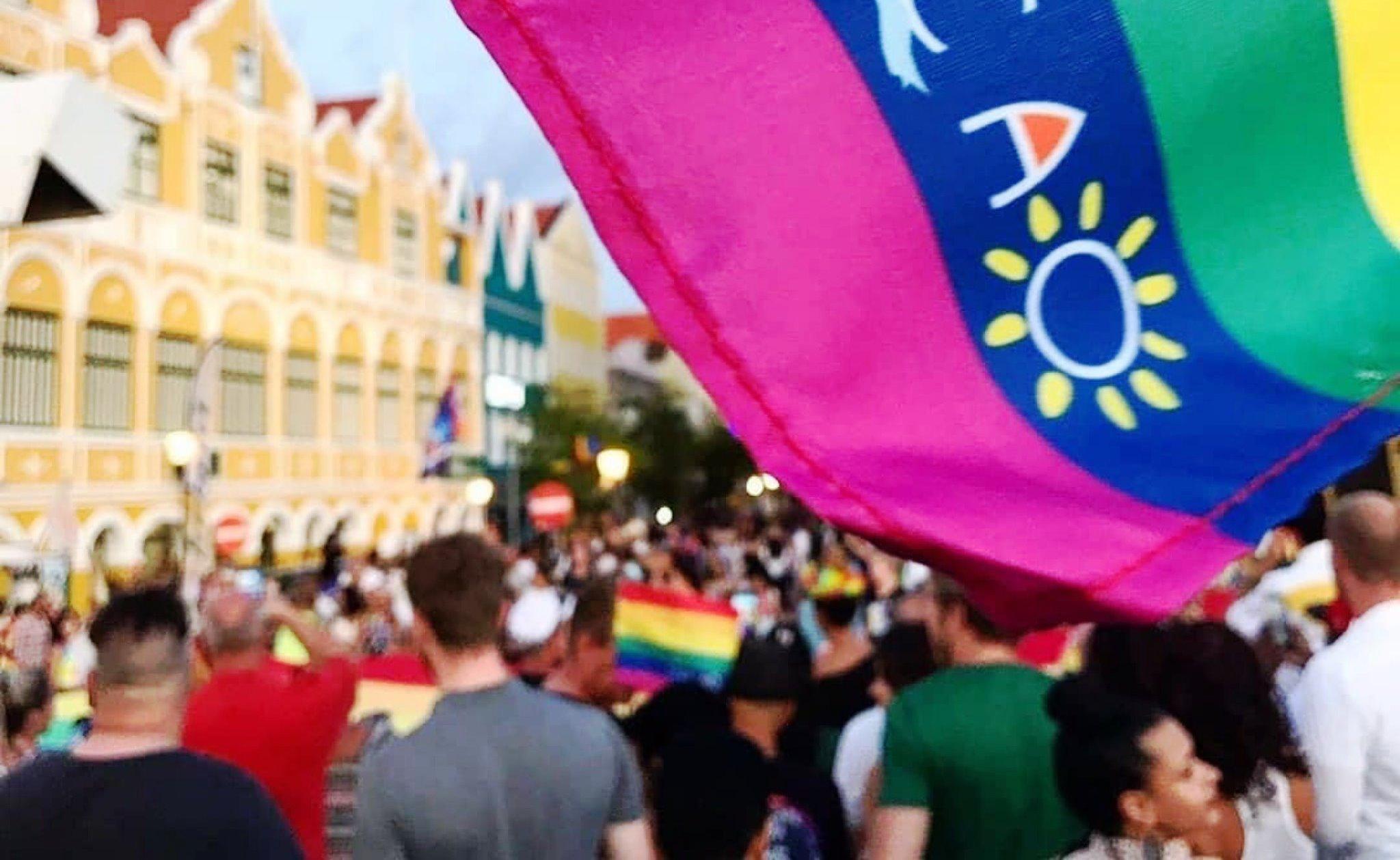 Curaçao retorna agenda de eventos presenciais com Parada LGBT+
