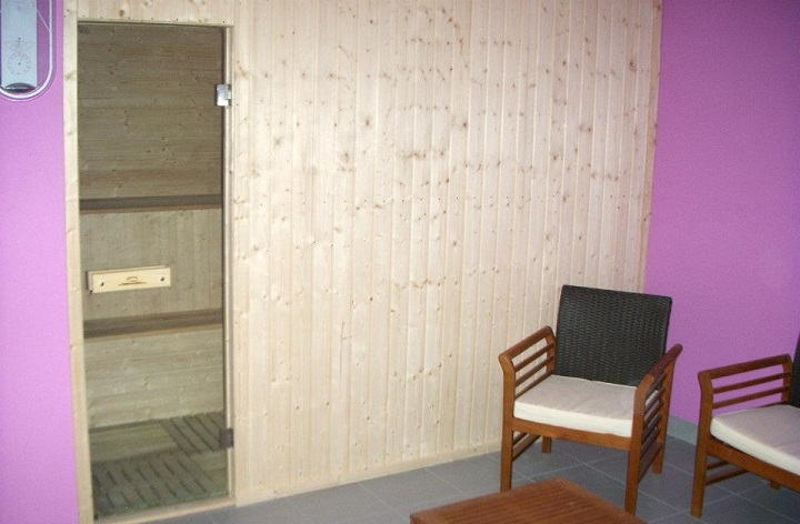 sauna paradise club montijo setubal portugal,