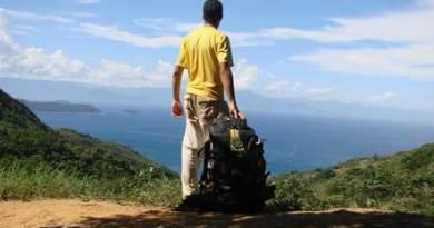 Em dúvida no que fazer para não deixar a mala de viagem pesada? A especialista da CI dá algumas instruções para te ajudar na arrumação