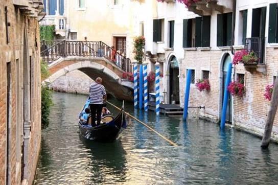 Casa Grande Hotel Resort & SPA recebe exposição 'Caminhos da Itália'