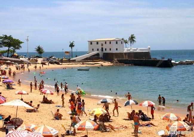 Bahia é um dos destinos preferidos dos turistas que procuram locais que unem gastronomia e diversão