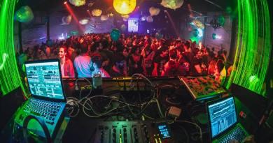 Apontada como uma das melhores festas da noite paulistana, a Festa Lunática traz a vibe da lua cheia