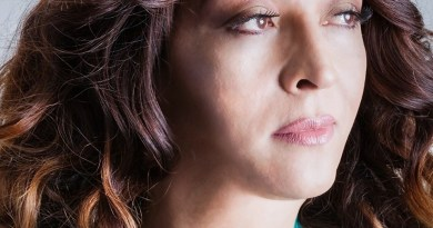 Praça das Artes recebe cantora Renata Peron na Semana do Orgulho LGBT