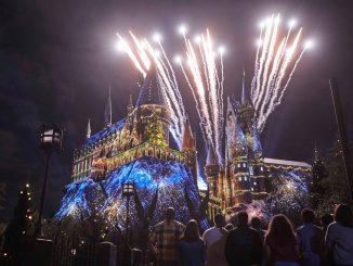 Os visitantes podem levar suas comemorações de fim de ano ao próximo nível e vivenciar uma celebração única em todo o destino - das Merry Festivities até Maven of Mischief, The Grinch - e mais