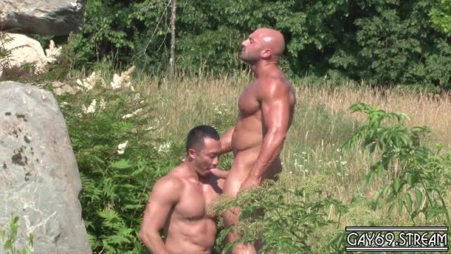 【HD】Men Of Montreal – Pummelling Archer's Ass_180511