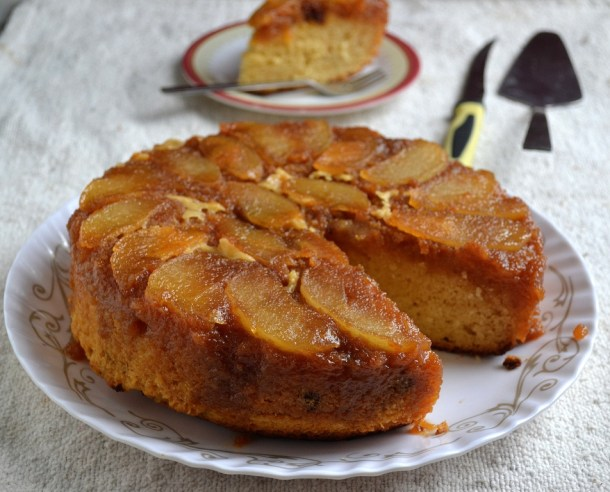 Eggless Pear Upside Cake