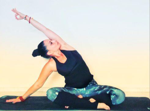 Йога за справяне с болката в гърба