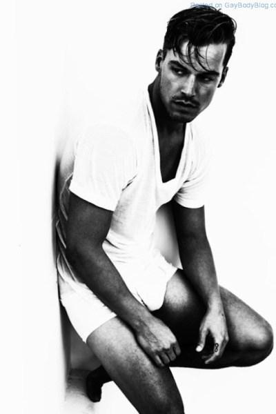 Jason Beitel In Black And White (1)