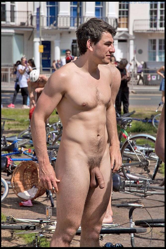 Naked men of ir