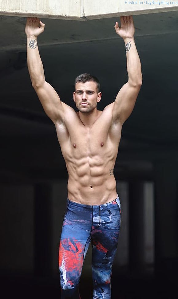Who Is This Handsome Fitness Hunk For Teamm8?