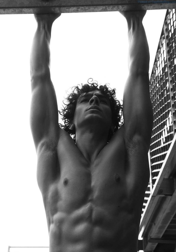 Shirtless male Model Matteo Cupelli