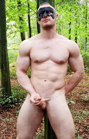 Jerking Off In The Woods With Muscle Man Zahn