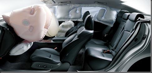 2005 Lexus IS250 8 Airbags