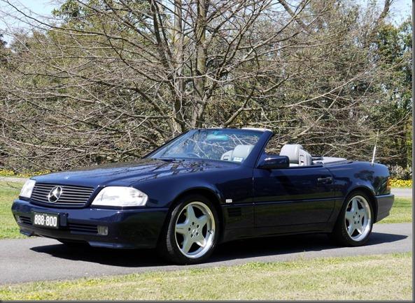 1993 model Mercedes-Benz 500SL