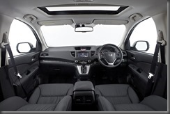 Honda_CR-V_four-wheel_drive_interior (2)