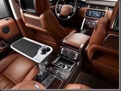 Long Wheelbase Range Rover enhances customer appeal (3)