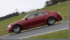 Chrysler 300 SRT 8 (4)