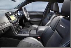 Chrysler 300 SRT 8 (7)