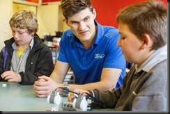 Ford engineer working with Northen Bay College in STEAM classroom