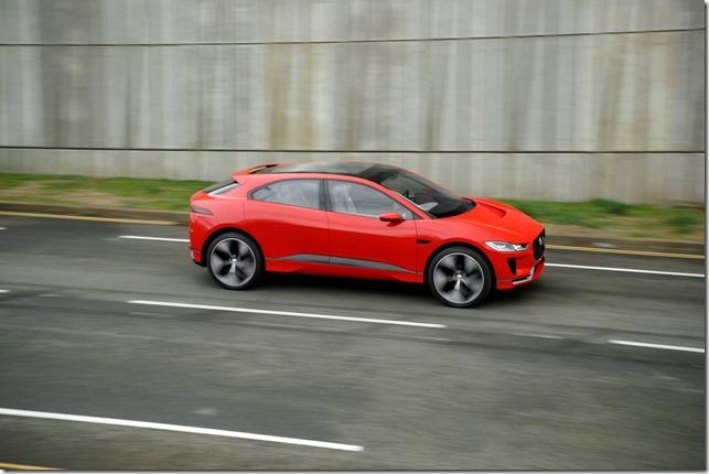 electric-car-Jaguar- I-PACE