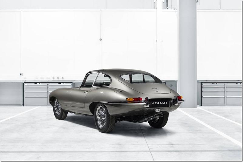Jaguar-E-Type-Restoration- by-Jaguar-Land-Rover-Classic (4)