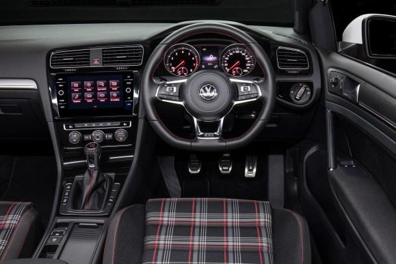 2018 Vw Golf Gti Original Mk 7 5 Video Car Review Gay Car Boys