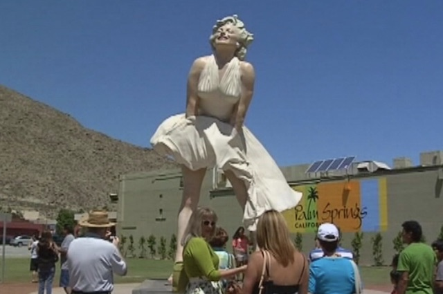 Forever Marilyn Statues
