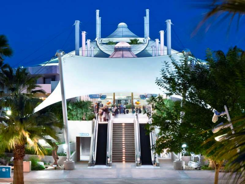 Palm Springs Airport Escalators