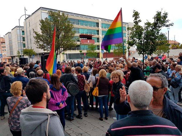 Fuenlabrada contra la homofobia   Fuente Img.: Israel B.