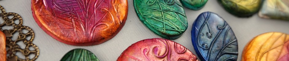 Mica and Ink on Clay – Making Alcohol Ink Shine