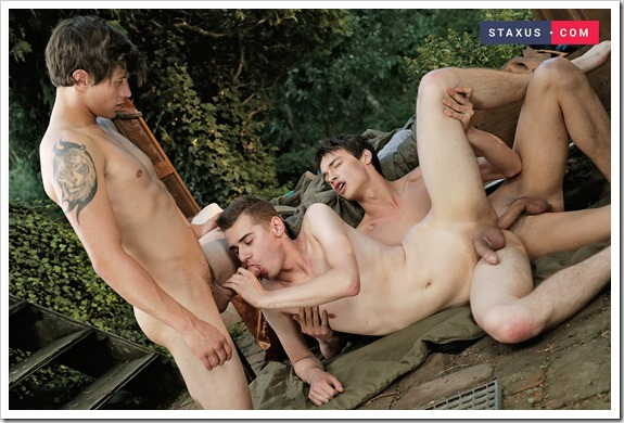 horny-twinks (11)