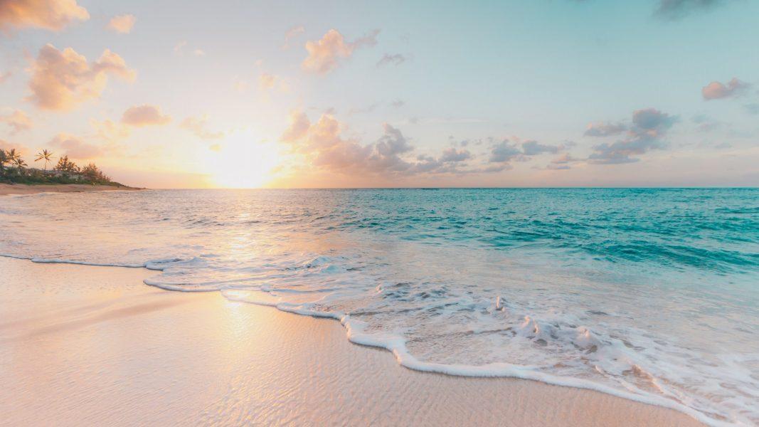 cropped-beach-lgbt.jpg