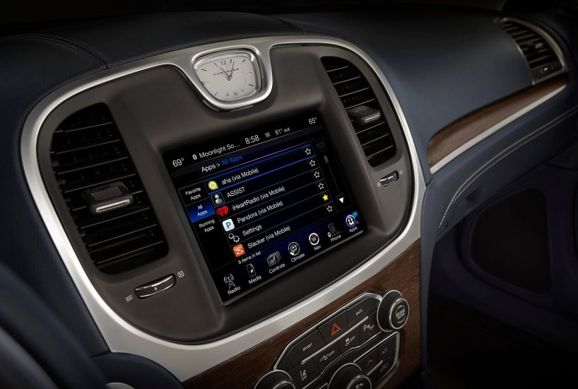 2016 Chrysler 300C Platinum with Uconnect