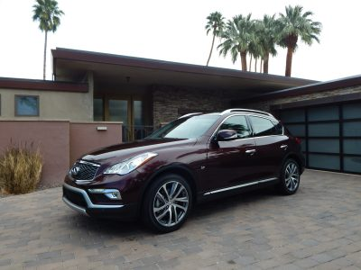 2016 Infiniti QX50 (photo by Jeff Stork)