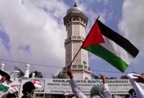 peduli-palestina-warga-aceh-ramai-ramai-bakar-bendera-israel-006-nfi
