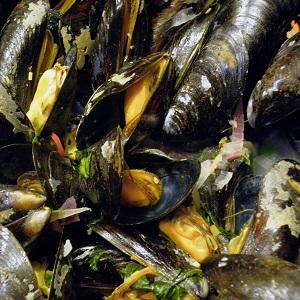 Gazebo Room Pancetta Mussels
