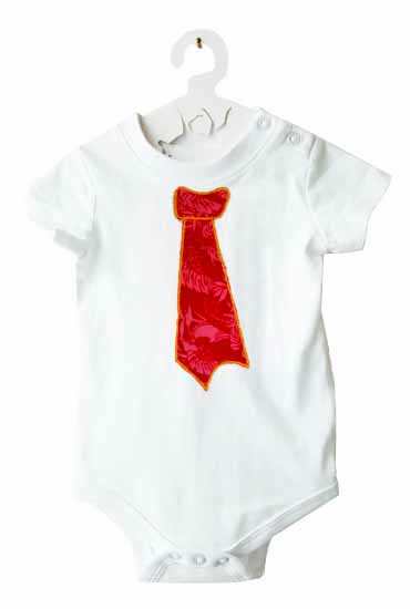 body-cravate-rouge