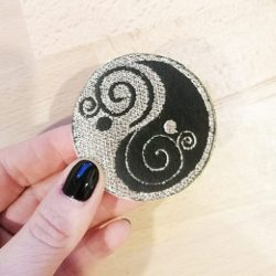 Broche Brodée YING YANG-ARGENT